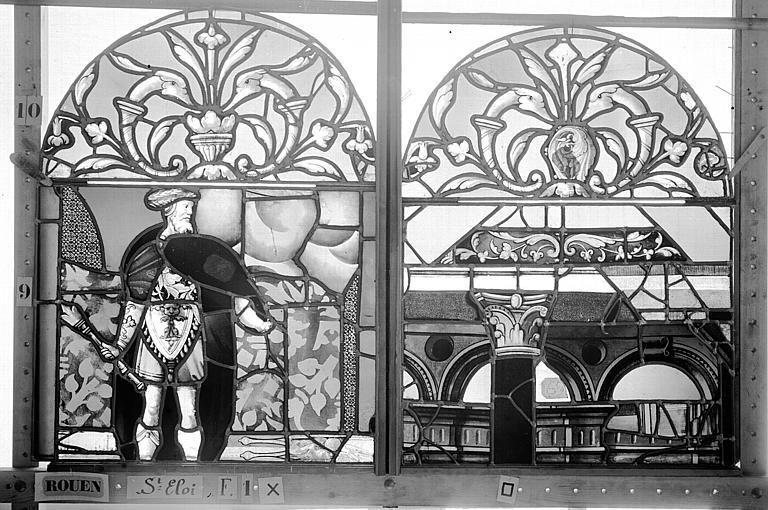 Eglise Saint-Eloi (ancienne) Vitrail, fenêtre 1, panneaux supérieurs des deux lancettes gauche et médiane, Heuzé, Henri (photographe),