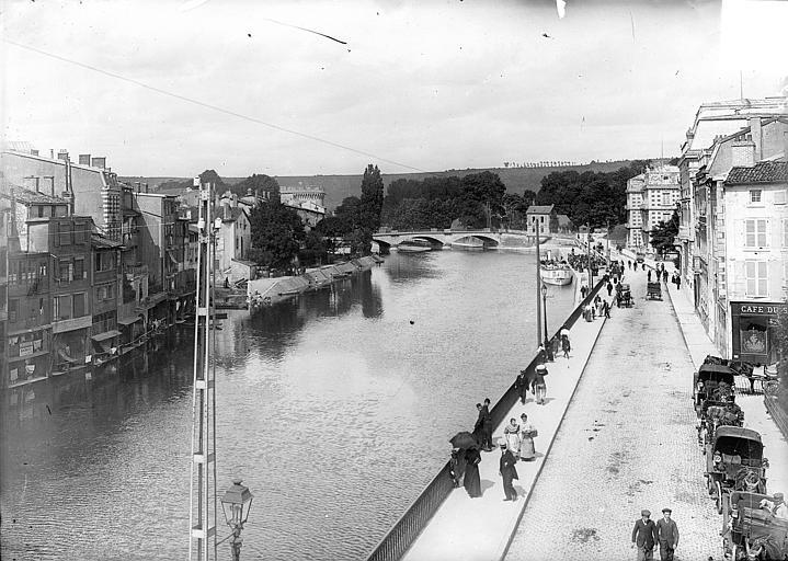 Pont Chaussée Vue générale : La Meuse, le quai de la République et le pont Chaussée, Vercollier (abbé),
