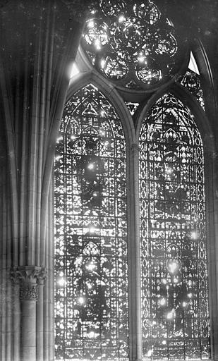 Cathédrale Notre-Dame Vitrail, baie de la nef côté sud, 3e travée, Sainsaulieu, Max (photographe),