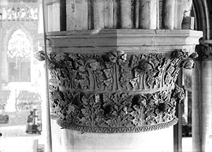 Cathédrale Notre-Dame Chapiteau du quatrième pilier du choeur, à gauche, Lajoie, Abel,