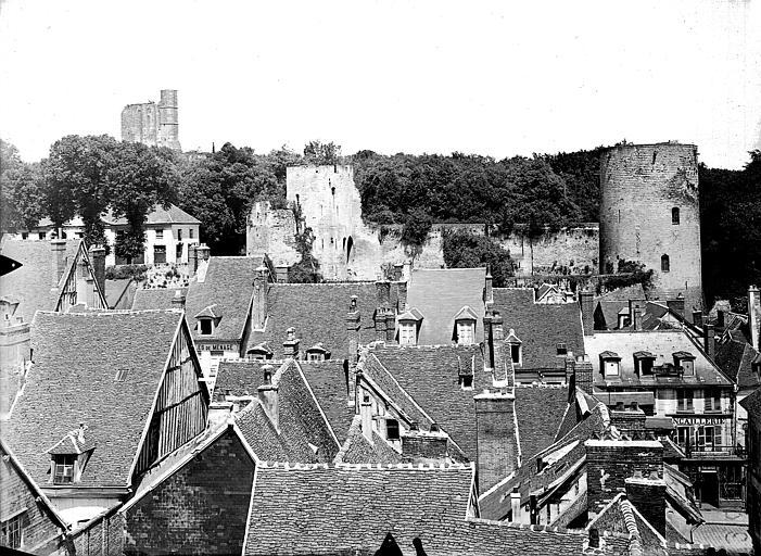 Château Vue générale, prise du pourtour de l'abside, Gossin (photographe),