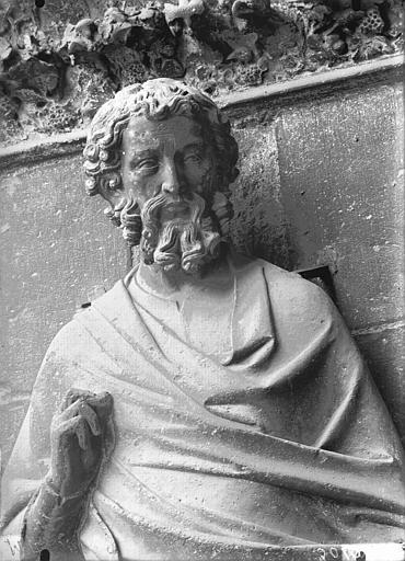 Cathédrale Notre-Dame Buste de statue, ébrasement gauche, porte sud, Lajoie, Abel,