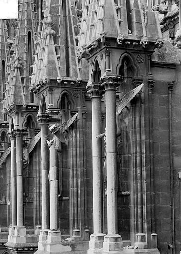 Cathédrale Notre-Dame Niches des arcs-boutants, Sainsaulieu, Max (photographe),
