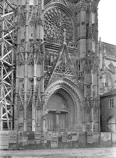 Cathédrale Notre-Dame Portail du transept nord, Mieusement, Médéric (photographe),