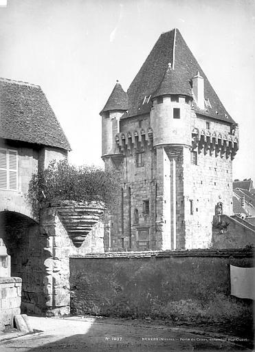 Porte du Croux Côté sud-ouest, Mieusement, Médéric (photographe),
