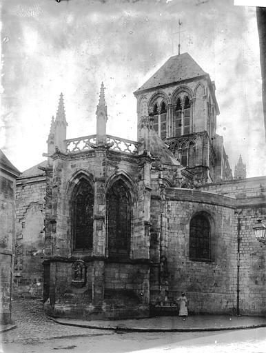 Collégiale Notre-Dame Abside et clocher, Enlart, Camille (historien),