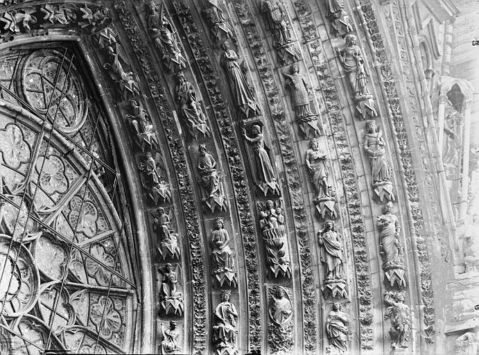 Cathédrale Notre-Dame Portail ouest, porte centrale, voussure droite, partie médiane, Lajoie, Abel,