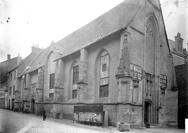 Eglise Notre-Dame , Enlart, Camille (historien),