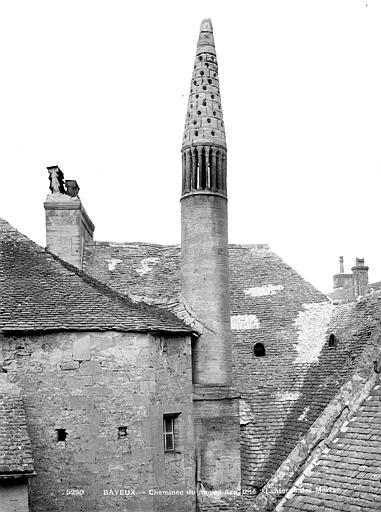 Maison Cheminée dite lanterne des Morts, Mieusement, Médéric (photographe),