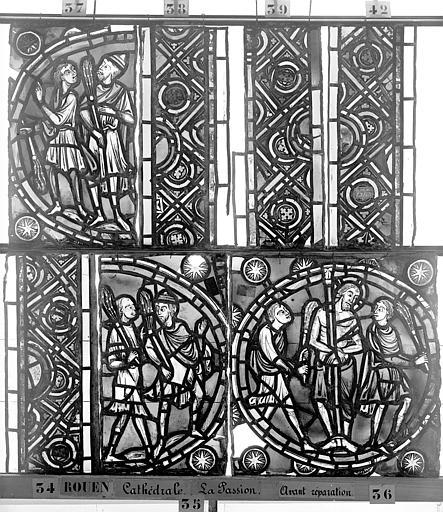 Cathédrale Vitrail, déambulatoire, la Passion, quatrième panneau, Heuzé, Henri (photographe),