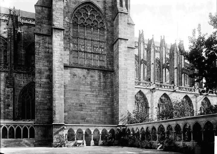 Cathédrale Saint-Corentin Façade latérale, Enlart, Camille (historien),
