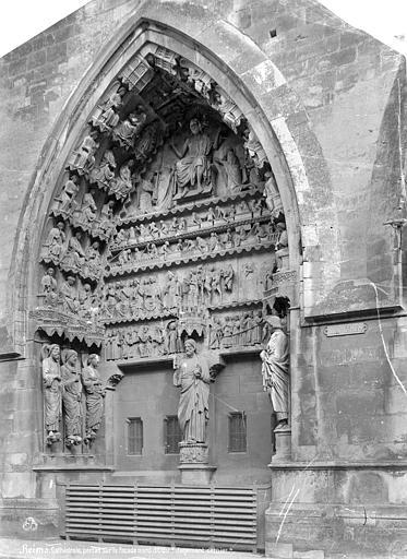Cathédrale Notre-Dame Portail gauche du transept nord : Le Jugement dernier, Mieusement, Médéric (photographe),