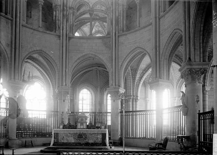 Abbaye Saint-Nicolas (ancienne) Eglise. Choeur : partie basse, Enlart, Camille (historien),