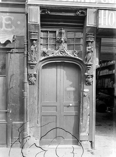 Maison Porte, Durand, Jean-Eugène (photographe),