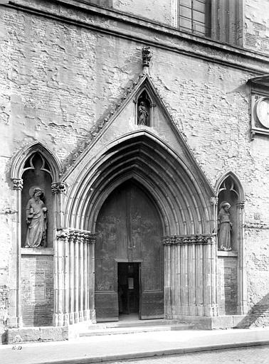 Eglise Notre-Dame-du-Taur Portail de la façade ouest, Durand, Jean-Eugène (photographe),