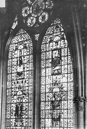 Cathédrale Notre-Dame Vitrail, baie de la nef côté sud, 1e travée, Sainsaulieu, Max (photographe),