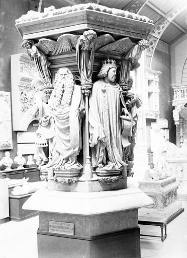 Chartreuse de Champmol (ancienne) , Enlart, Camille (historien), 75 ; Paris 16 ; Palais de Chaillot (Trocadéro) ; Musée de Sculpture comparée, musée des Monuments français