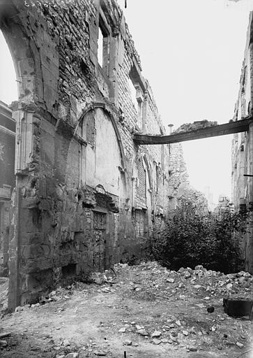 Couvent des Cordeliers (ruines du) , Verneau, G.,
