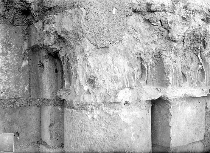 Tour Saint-Aubin ; Abbaye Saint-Aubin (ancienne) Détail, ,