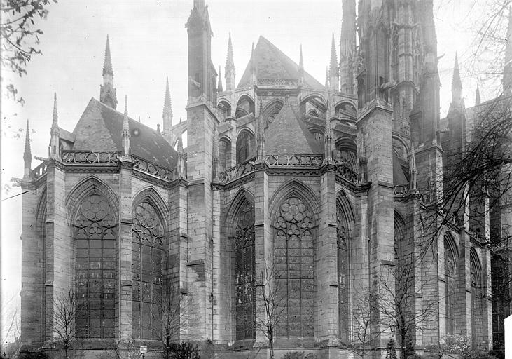Eglise Saint-Ouen Abside, Enlart, Camille (historien),