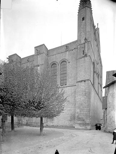 Cathédrale Saint-Pierre Angle sud-est, Gossin (photographe),