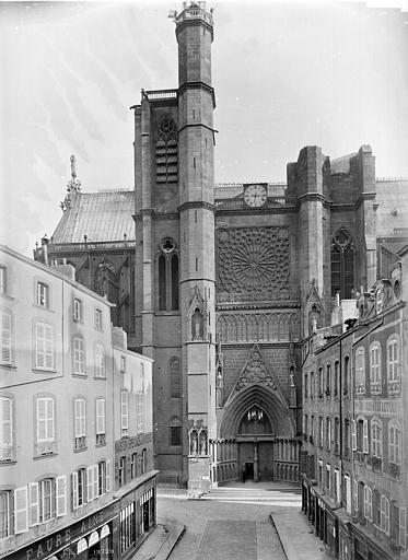Cathédrale Notre-Dame Façade, Mieusement, Médéric (photographe),
