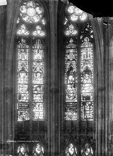Cathédrale Notre-Dame Vitrail du choeur : parties hautes, Mieusement, Médéric (photographe),