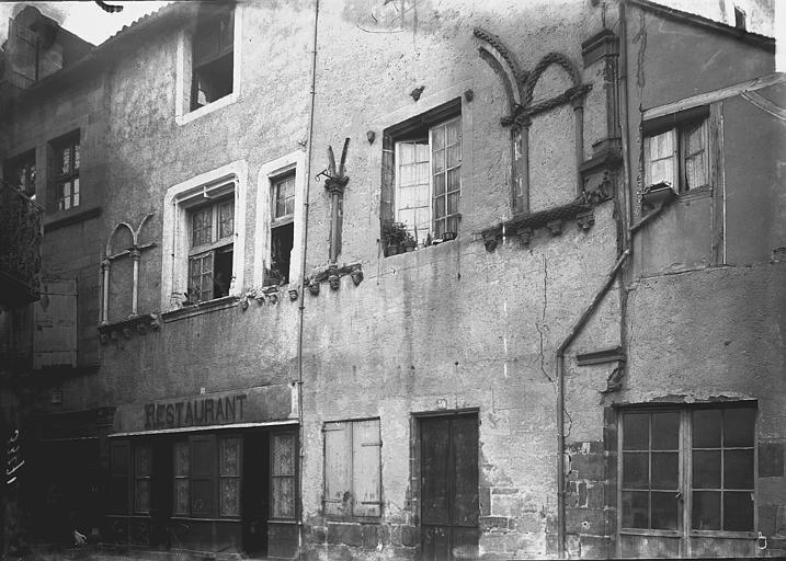 Collégiale Saint-Martin Façades: vue diagonale, Enlart, Camille (historien),