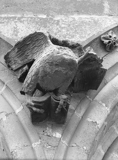 Cathédrale Notre-Dame Sommier d'arc, bras nord du transept, l'Aigle de saint Jean, Lajoie, Abel,