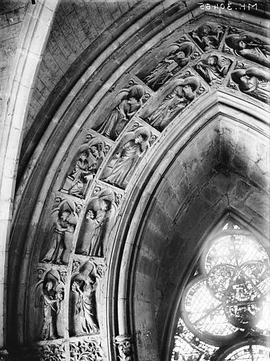 Cathédrale Notre-Dame Portail ouest, revers, voussure de la porte gauche, Lajoie, Abel,
