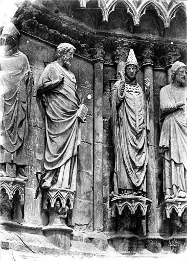 Cathédrale Notre-Dame Portail sud de la façade ouest : statues de l'ébrasement gauche, Le Secq, Henri (photographe),
