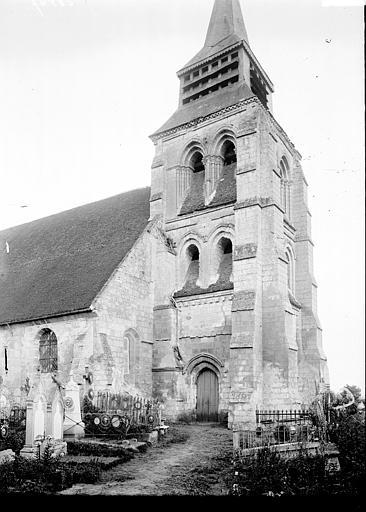 Eglise Clocher au nord, Enlart, Camille (historien),