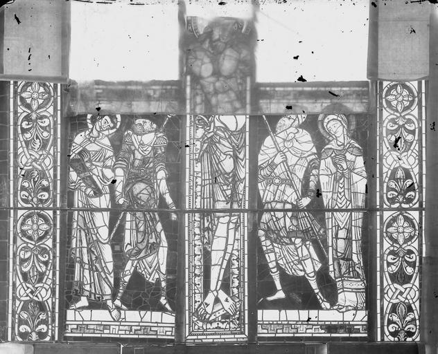 Cathédrale Saint-Pierre Vitrail, partie basse, Magne, Louis,