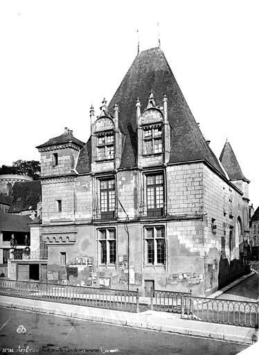 Hôtel de Ville Ensemble, avant restauration, Mieusement, Médéric (photographe),