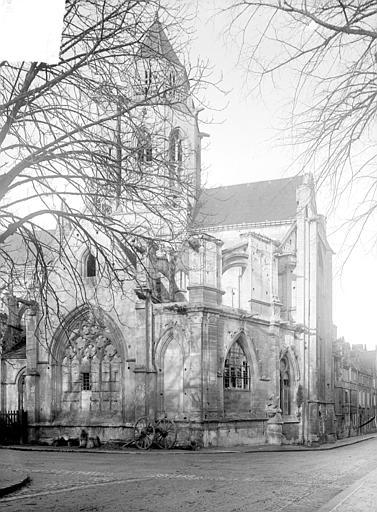 Eglise de Saint-Etienne-le-Vieux (ancienne) Façade sud : partie est, Heuzé, Henri (photographe),