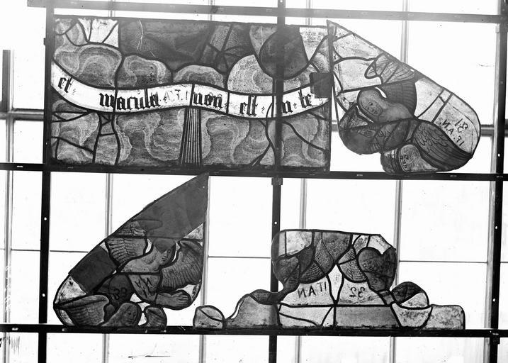 Eglise Vitraux, panneaux 11, 20, 23, 35 de la baie F, Nadeau, H. (photographe),
