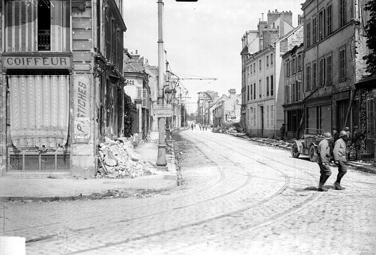 Vue d'une rue, Goubeau (photographe),