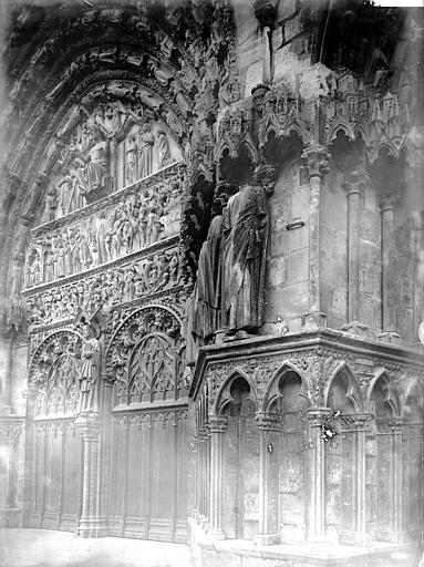 Cathédrale Saint-Etienne Portail ouest, détail, Enlart, Camille (historien),