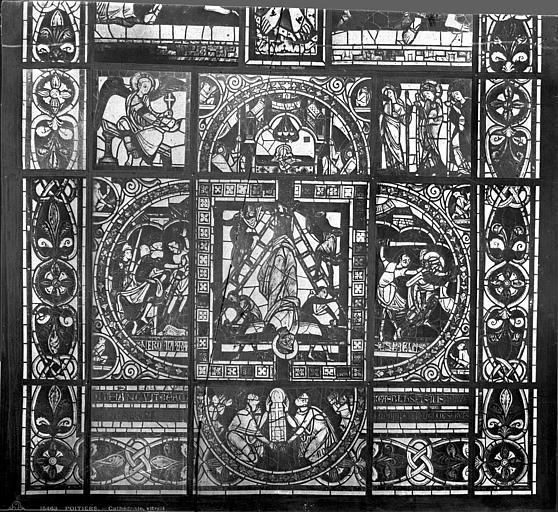 Cathédrale Saint-Pierre Vitrail, baie B : scènes légendaires, Leprévost (photographe),