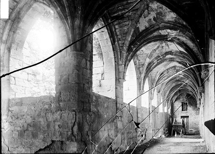 Chartreuse du Val-de-Bénédiction Cloître: galerie, Enlart, Camille (historien),