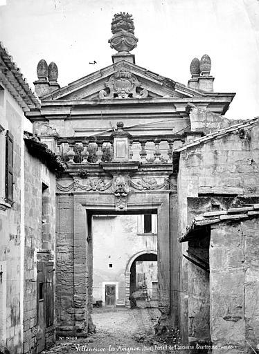 Chartreuse du Val-de-Bénédiction (ancienne) Porte, Mieusement, Médéric (photographe),