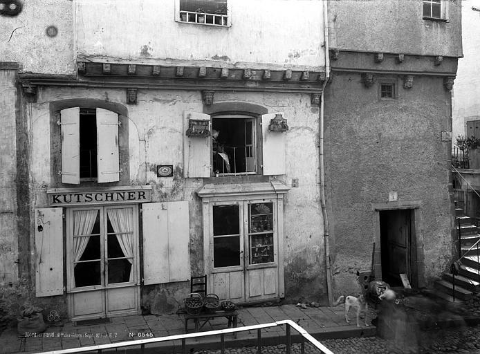 Maison des Têtes Façades sur rue, Durand, Eugène (photographe),