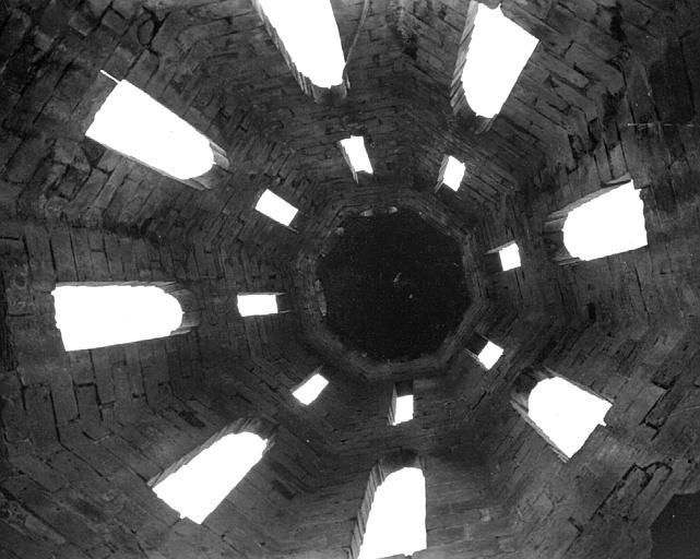 Eglise Clocher : intérieur, Chaine, Henri (architecte),