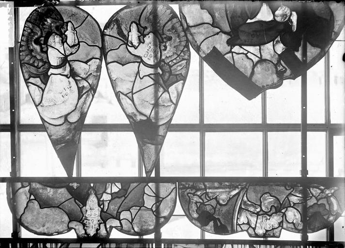 Eglise Vitraux, panneaux 19, 27, 29, 30, 32 de la baie E, Nadeau, H. (photographe),