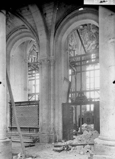 Eglise Notre-Dame (ancienne cathédrale) Chapelle latérale, Service photographique,