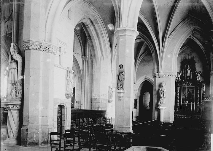 Eglise Notre-Dame Nef: vue diagonale, Enlart, Camille (historien),