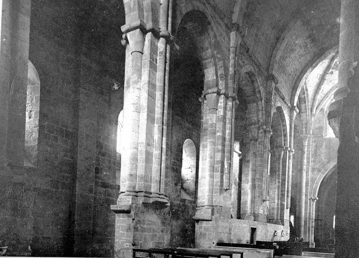 Abbaye de Fontfroide Eglise abbatiale: Nef, Enlart, Camille (historien),