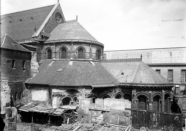 Eglise Saint-Martin-des-Champs Abside, au sud, Enlart, Camille (historien),