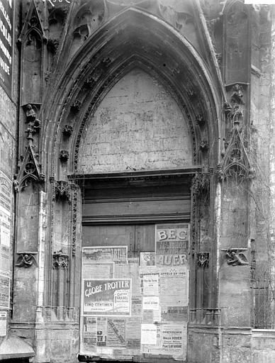 Eglise Saint-Vivien Nef, Enlart, Camille (historien),