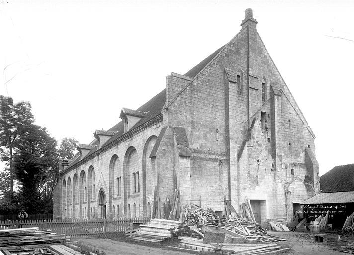 Abbaye (ancienne) Salle des Morts, ensemble sud-ouest, Durand, Eugène (photographe),